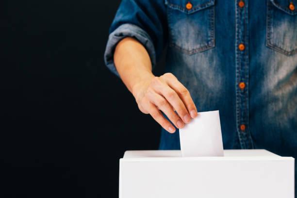 Odontólogos a las urnas: ¿qué elegimos cuando votamos?